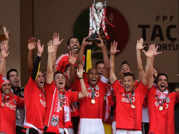 Benfica bounce back to seal domestic treble