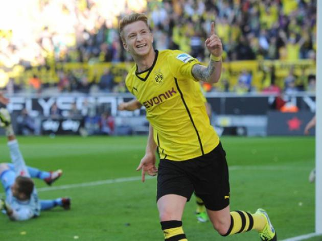 Borussia Dortmund and Bayern Munich Lock Horns Over Reus