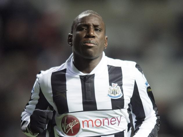 Newcastle striker Demba Ba nears exit with Alan Pardew unhappy with contract clause