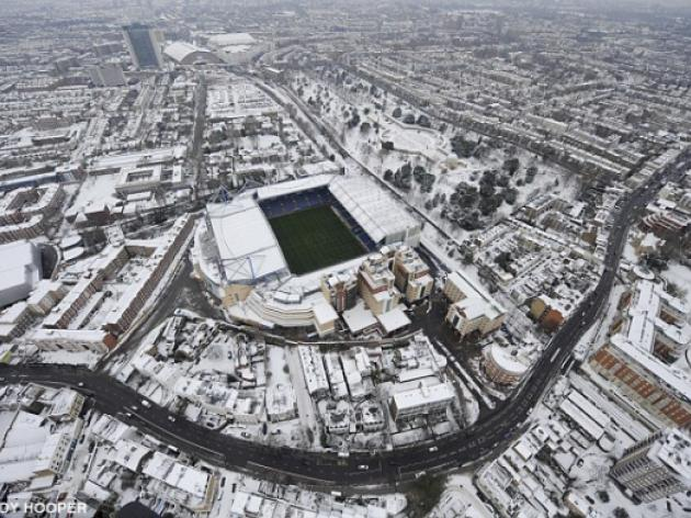 Chelsea v Manchester United postponed despite lack of snow
