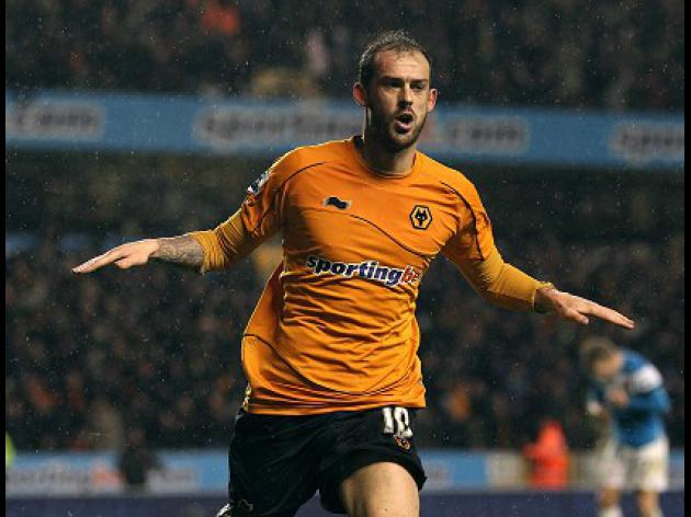 Sunderland bid for Wolves forward Fletcher
