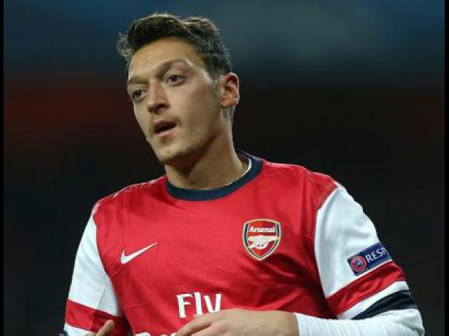Ozil will get better - Mertesacker