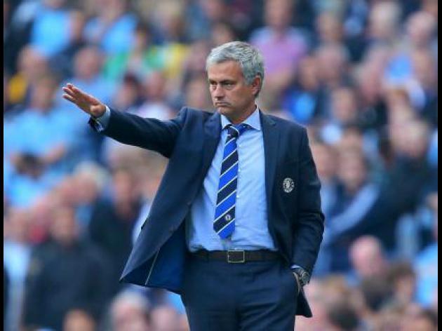Put on Christmas show, Mourinho tells Chelsea