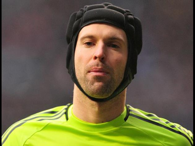 Cech backs boss Ancelotti