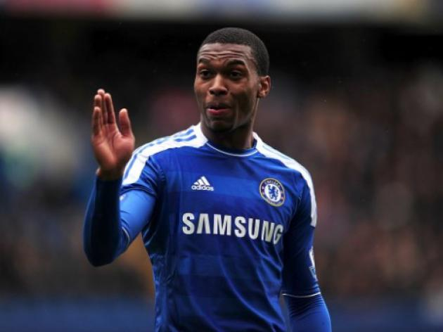 Liverpool loom as Sturridge told he can leave Chelsea