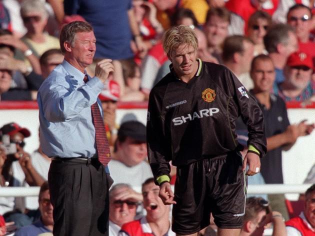 Beckham hails 'father figure' Ferguson