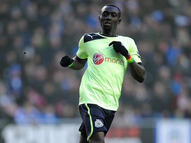 Newcastle star Papiss Cisse fires goal warning to Benfica
