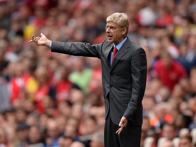 Wenger will not panic buy