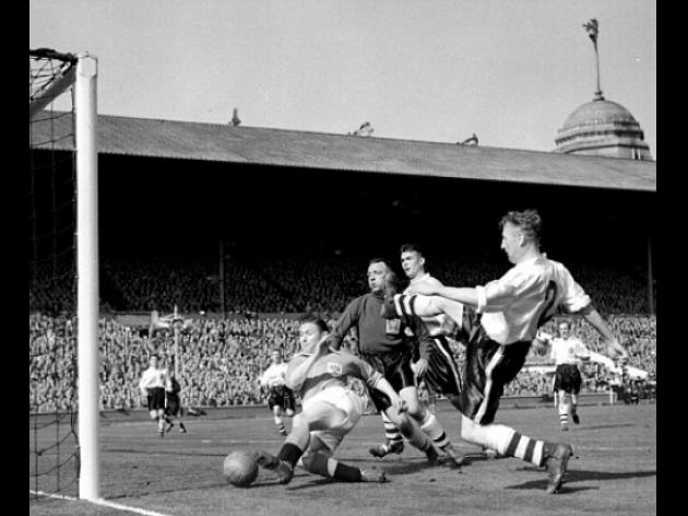 Top 10: Greatest FA Cup finals - 2 - Blackpool 4 Bolton 3 - 1953