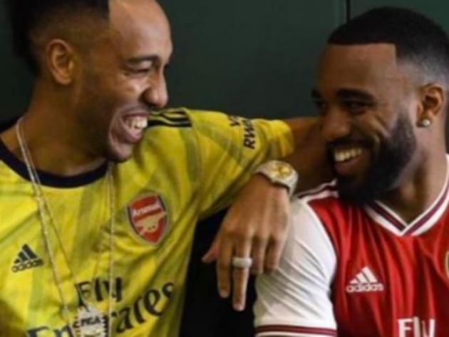 Arsenal Kits 201920 Images Of Retro Style Adidas Home