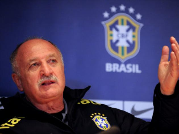 Scolari backs government over Brazil demos