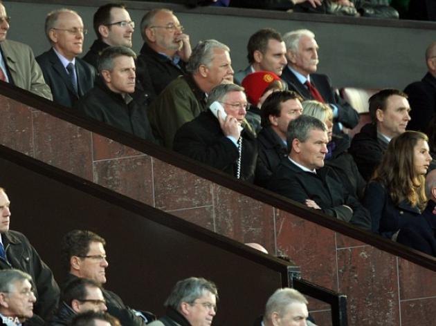 Graham Poll: Sir Alex Ferguson ban shown to be a farce