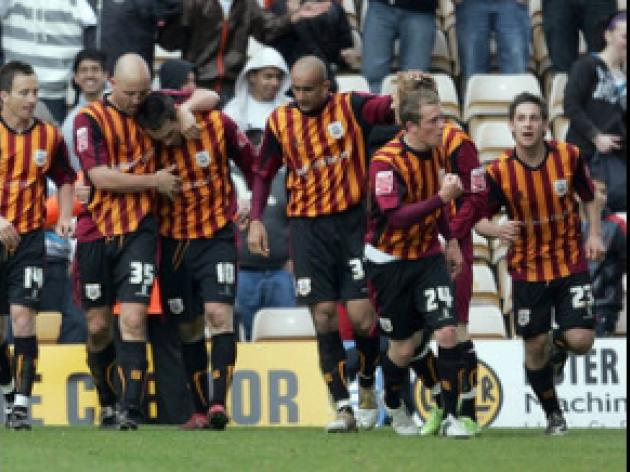 Six-goal thriller at Valley Parade