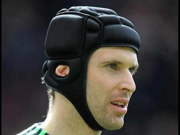 Heat is on title rivals - Cech