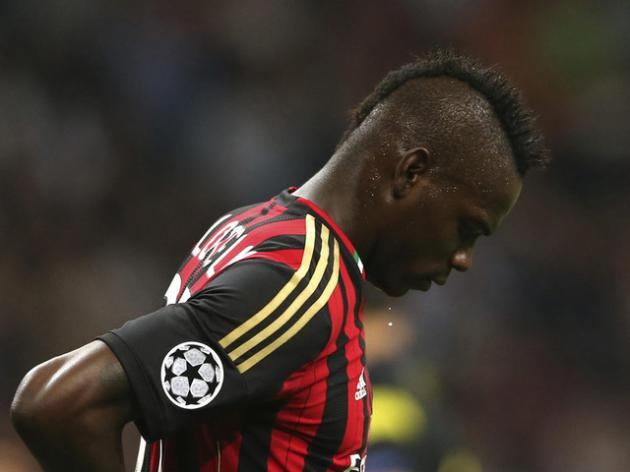 Balotelli denies reported scuffles with photographer