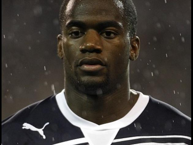 QPR back in for Bassong