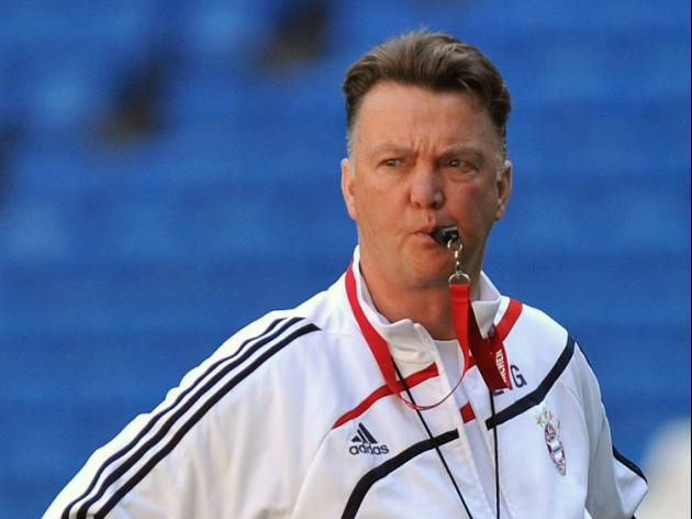 Van Gaal favourite to replace Moyes