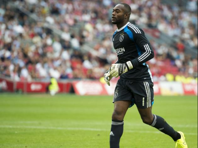 Manchester United fail in last-ditch bid for Ajax keeper Kenneth Vermeer