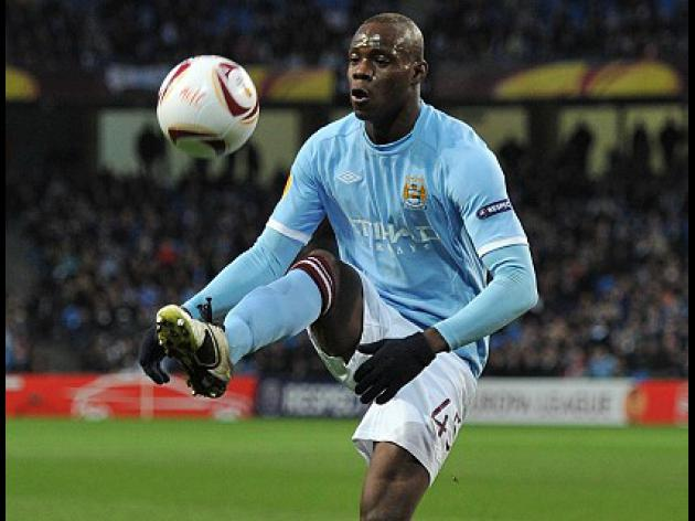 Balotelli told to grow up by Italy chief