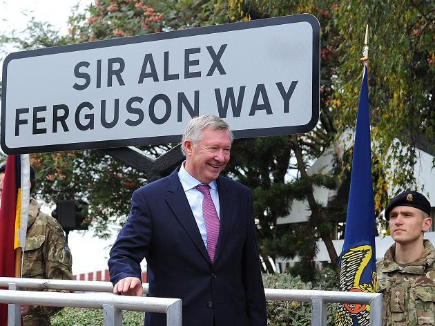 Sir Alex Ferguson Way unveiled
