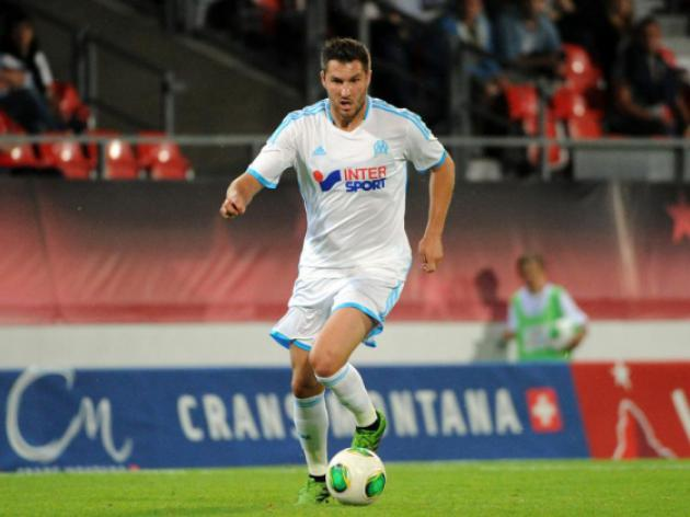 Marseille off to winning start