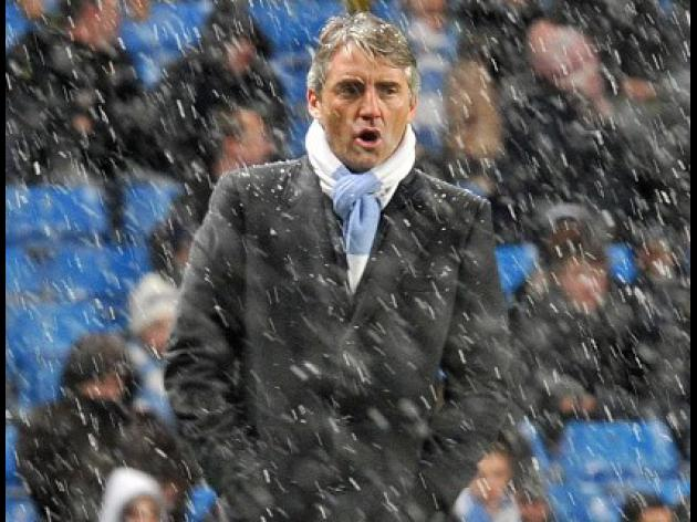 Mancini waits to speak to Tevez