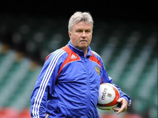 Hiddink to make Holland return