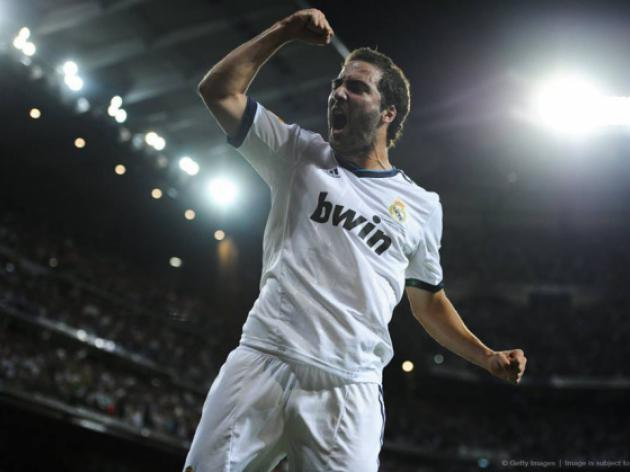 Arsenal must wait to finalize 25million pound move for Real Madrid forward Higuain