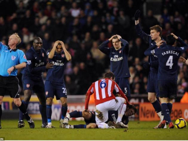 Stoke City 1 Arsenal 3: Hitmen are out to destroy my kids, fumes Arsene Wenger