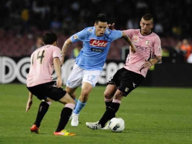 Napoli win to stay in control of CL destiny