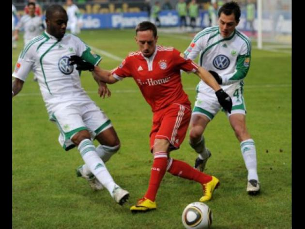 Man United and Chelsea target Ribery opens door to Premier League move