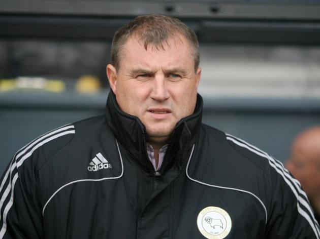 Ipswich appoint Paul Jewell as manager