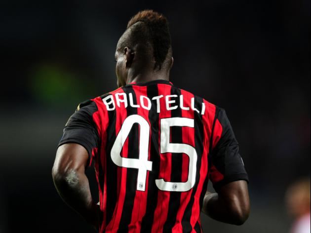 Prandelli plays down racist taunt aimed at Balotelli