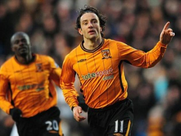Stephen's staying and will keep us in the Hunt, say Hull as they reject Wolves