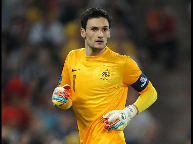 Spurs working on Lloris deal