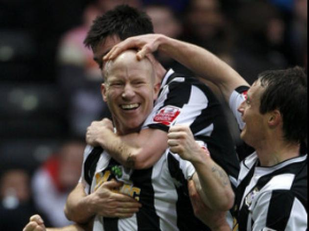 Hughes strike enough for Magpies