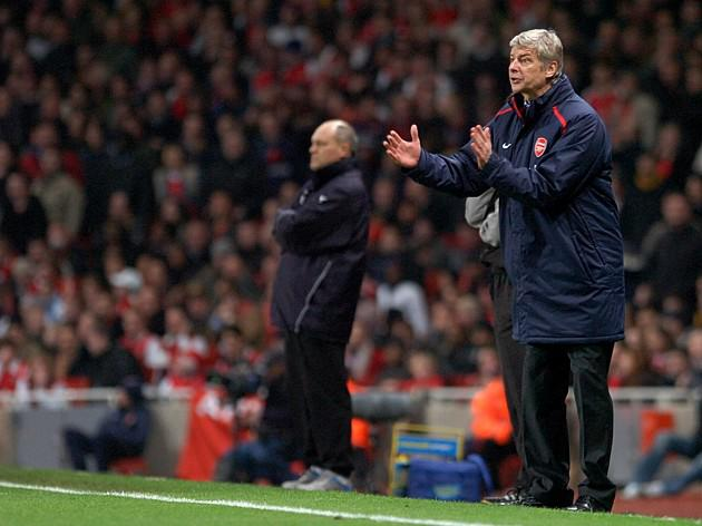 Jol backs Arsenal to reach top four