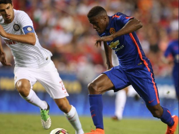 Zaha, Kagawa make case to United in PKs win