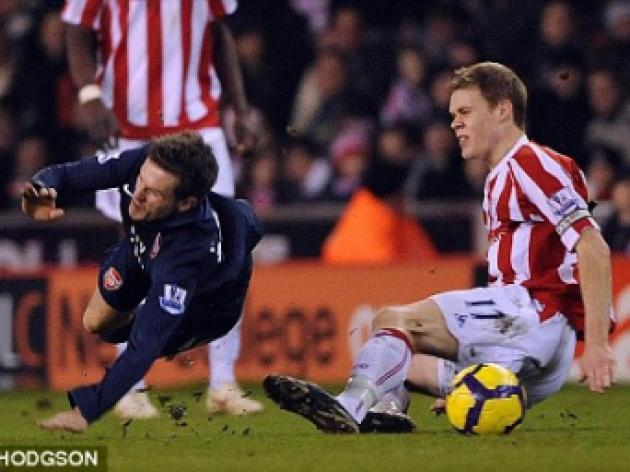 Shawcross not afraid to tackle demons after breaking Ramsey's leg