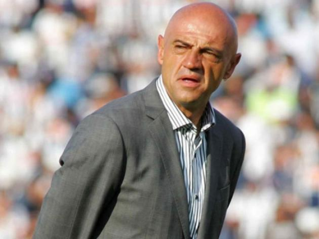 Chivas USA sack coach after slow start