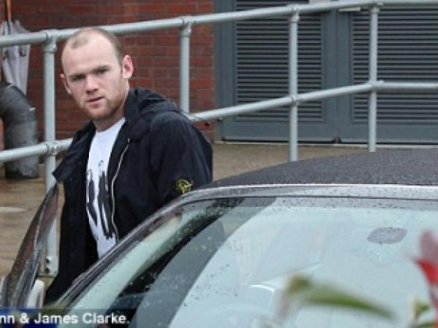 Wayne Rooney leaves hospital after ankle scan