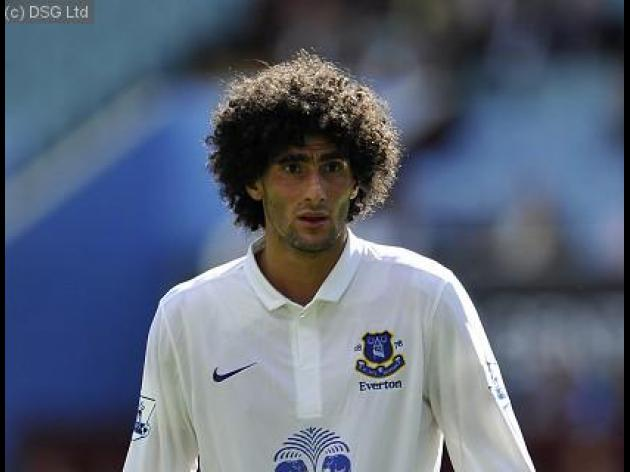 Fellaini hints at Everton exit