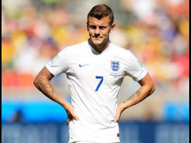 Wilshere backs Hodgson