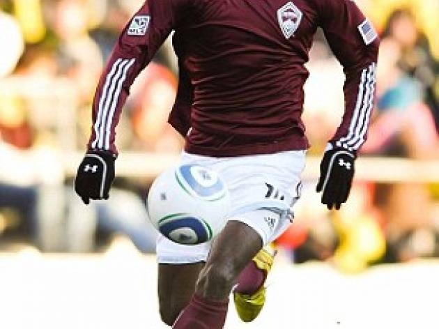 Aston Villa consider Colorado Rapids' Omar Cummings for loan spell
