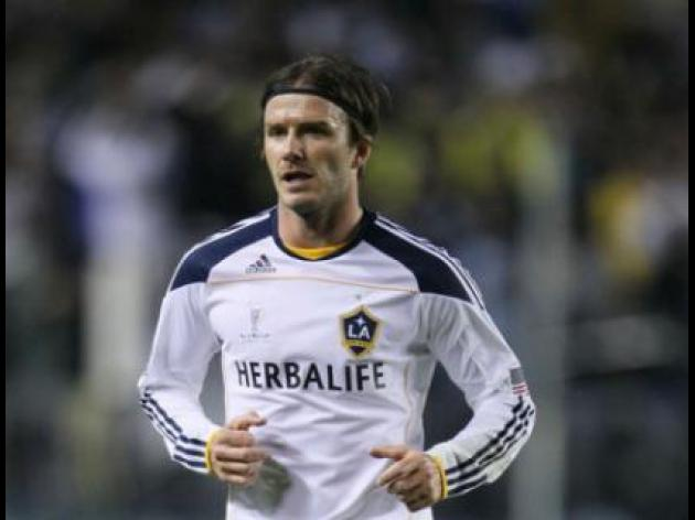 Beckham's Galaxy beat Victory on penalties