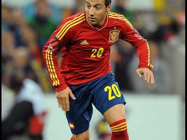 Gunners eye Cazorla as Koscielny signs