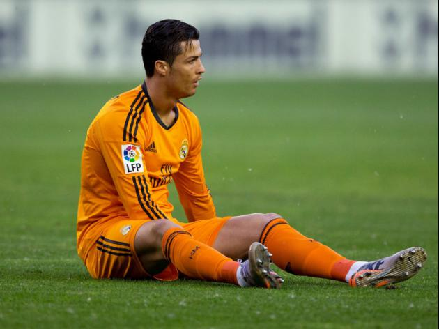Ancelotti plays down Ronaldo injury fears