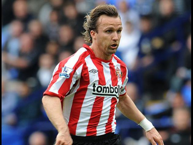 Hoops weigh up Zenden
