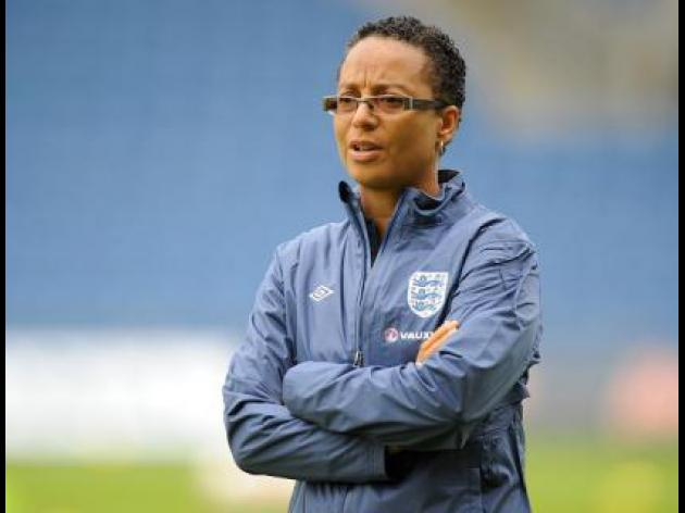 Powell sacked as England womens coach