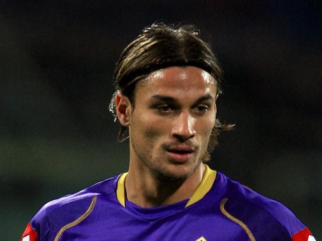 Saints splash cash for Osvaldo